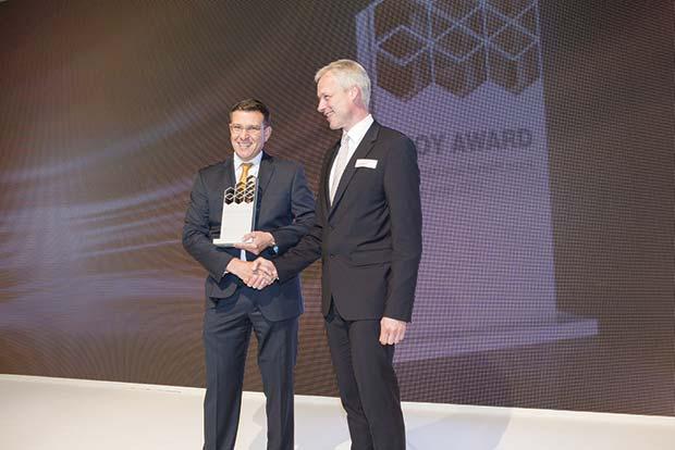 130606-IFOY-Award