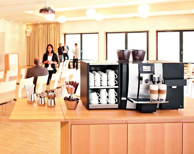 GIGA-X7-with-Latte-Cup-Warmer-Cooler-Pro