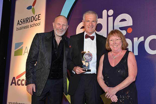 SLA-award-win---Alan-Davey