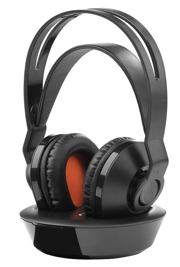 hp1030_wireless_tv_headphone_front_right_angle-16